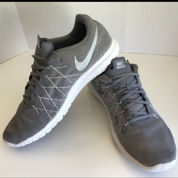 b23a11ad1dd1 Nike Flex Fury 2 Men s Shoes Grey Sz. 8.5. M 5b7ec1a734a4ef55cbaf3076